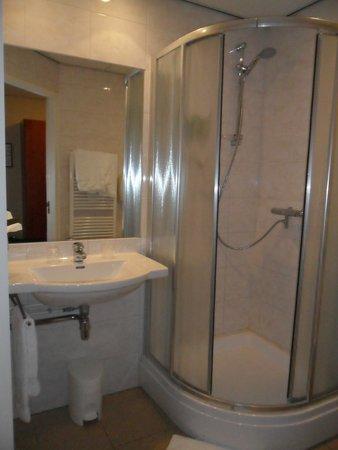 Princess Hotel Amersfoort: Ванная комната