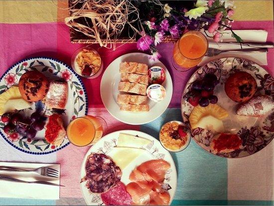 Brondo Architect Hotel : Breakfast