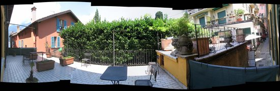 Hotel Centrale: Balcony