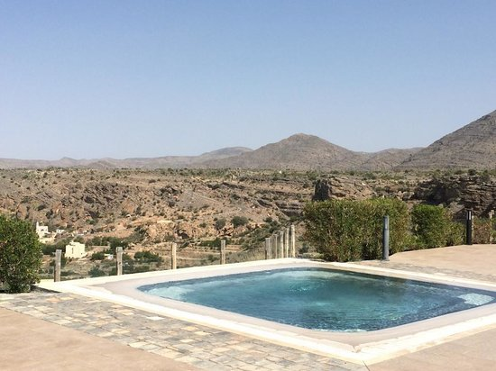 SAHAB Hotel: Jacuzzi and view