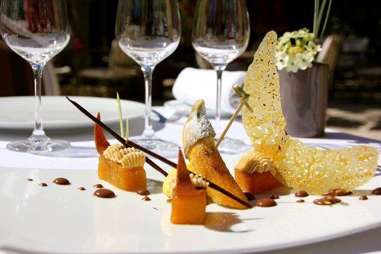 Super Dessert Terrasse Valrugues - Photo de Restaurant Gastronomique  ZY82