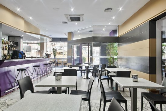 Coffe Shop Hotel Andorra Center