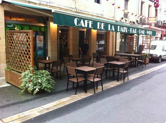 Cafe de la Paix : La terrasse.