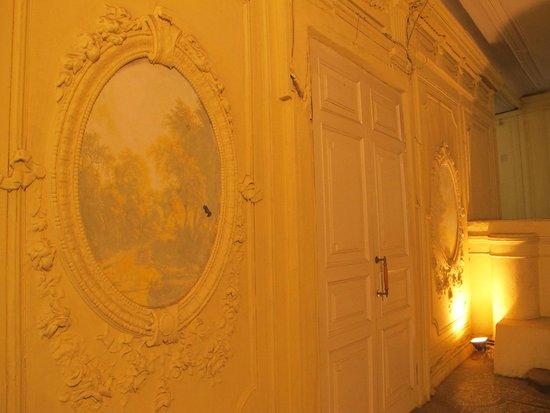Casa Leto : Impressive 19th century entrance
