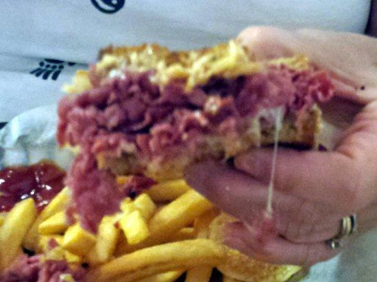 California Pastrami: Reuben Sandwich