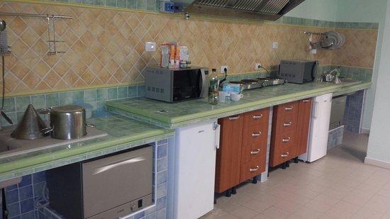 Aurum Hotel - Villaggio dei Pini: Cucina interna attrezzata x bimbi piccoli ottima