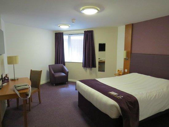 Premier Inn Caernarfon Hotel: Room 16
