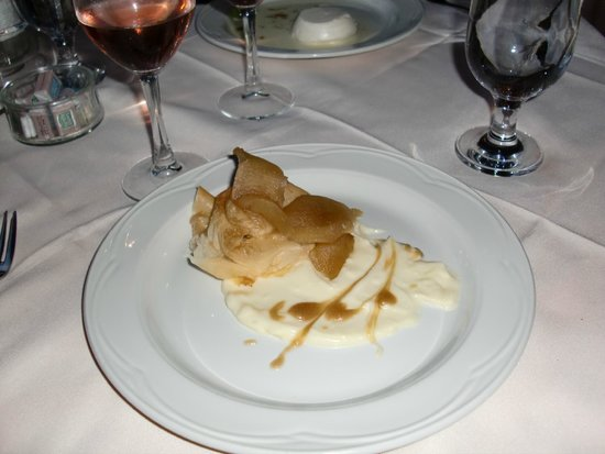 Auberge des Cevennes: poached pear with puff pastry, caramel and cheesy sauce