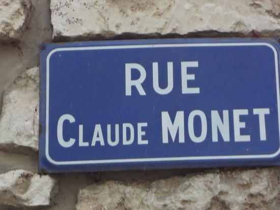 Église Sainte-Radegonde de Giverny : Rue Claude Monet