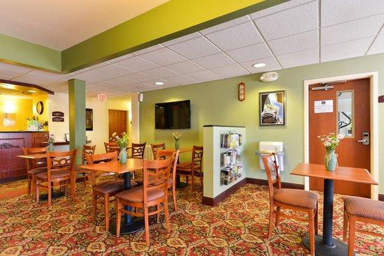 Best Western Nittany Inn Milroy : Lobby Area