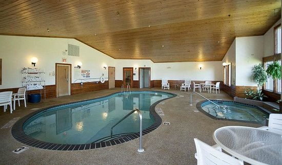 Country Inn of Two Harbors: Pool