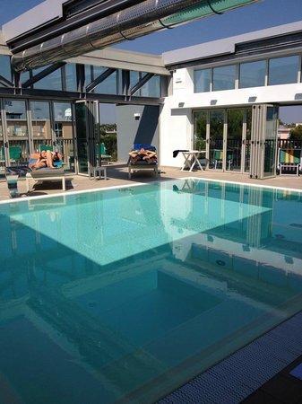 Piscina picture of hotel san giorgio riccione tripadvisor - Piscina san giorgio jonico ...