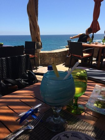 Esperanza - Auberge Resorts Collection: Drinks by the ocean