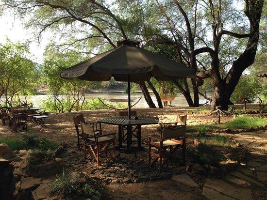 Loyk Tsavo Camp: beach