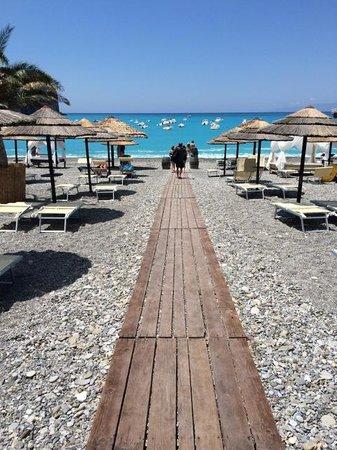 Romantic Hotel & Restaurant Villa Cheta Elite : beach at Praia il Mare up the road