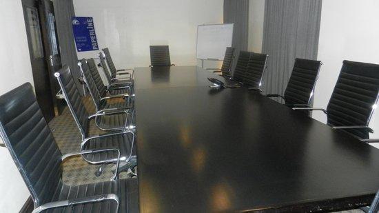 Grand Towers Hotel: Nze Chidi Duru Boardroom