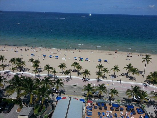 Courtyard Fort Lauderdale Beach: Awesome View from 11th Floor Room!