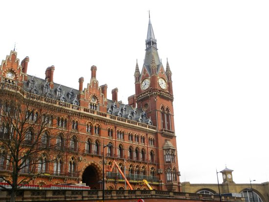 St. Pancras International Station: St. Pancras Station
