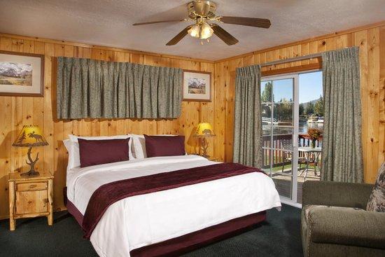 Big Bear Frontier Cabins: Lakefront Cabin
