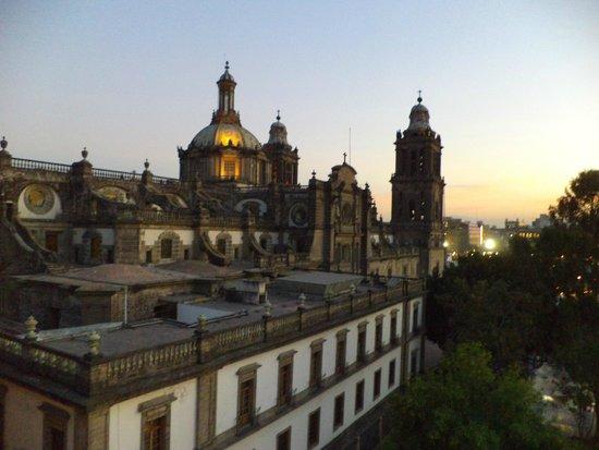 Hostel Mundo Joven Catedral: Desde la terraza, la catedral