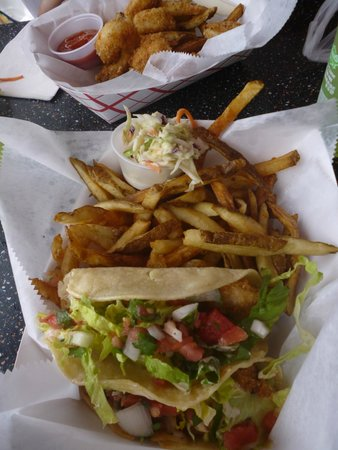 The Key Lime Cafe: Fish Tacos!