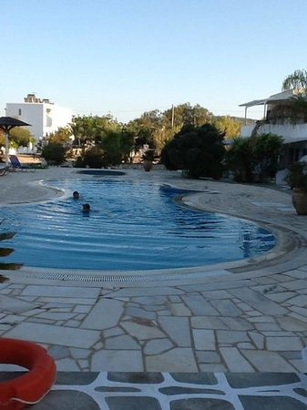 Fyrogenis Palace Hotel: swimming pool