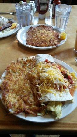 Loula's: The 2nd Street Burrito w/hash browns