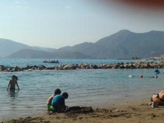 Liberty Hotels Lykia : calm children's beach