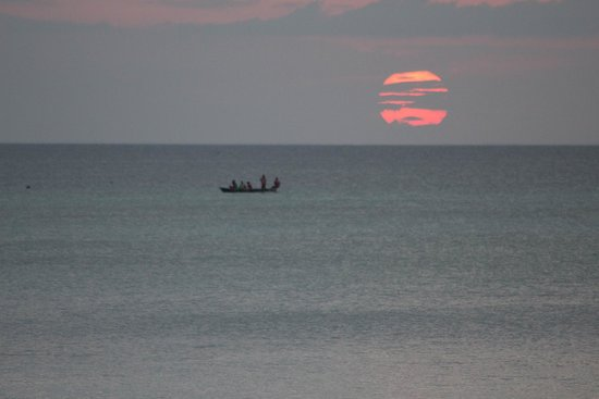 DoubleTree by Hilton Resort Zanzibar - Nungwi: Beautiful Sunset on our Special day
