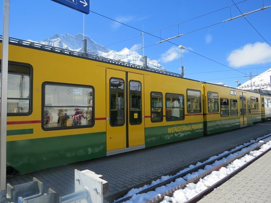 Jungfraujoch: the 1st train from lauterbrunnen to kleine scheidegg