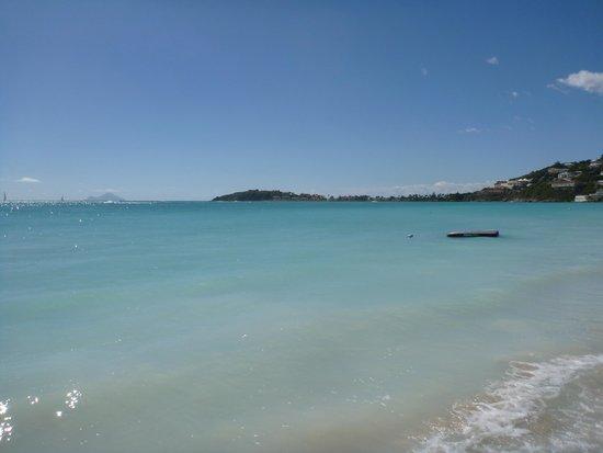 Great Bay Beach : a view of the beach