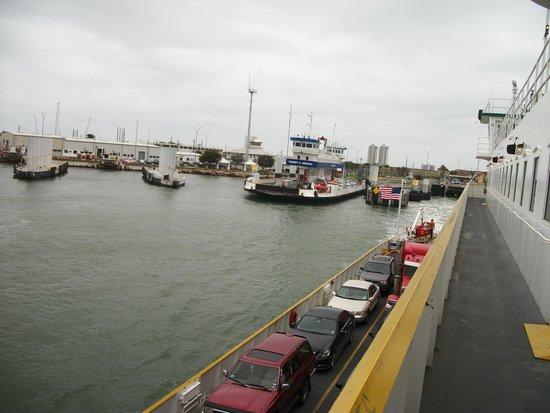 Galveston - Port Bolivar Ferry : arrivée au quai