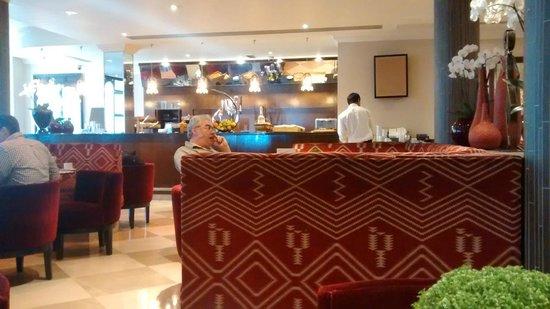Radisson Blu Edwardian Kenilworth Hotel: Restaurant