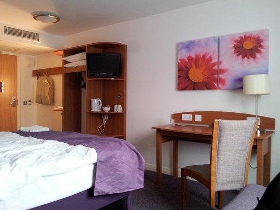 Premier Inn London Rainham Hotel: hotel's room