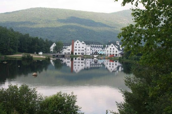 Town Square Condominiums at Waterville Valley Resort : Town Square