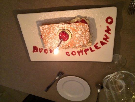 Ittico: Happy birthday surprise dessert