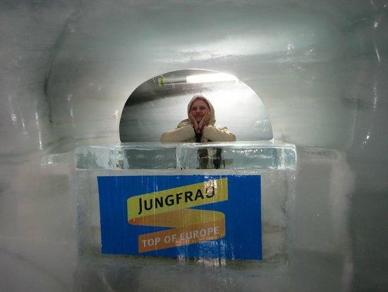 Jungfraujoch: inside the ice palace