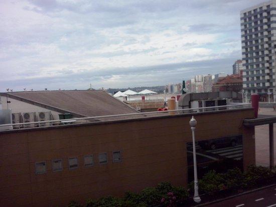 Hotel Alcomar: Foto desde la ventana de la habitación con vistas al mar