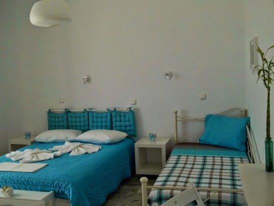 Litsa Studios: Double Rooms