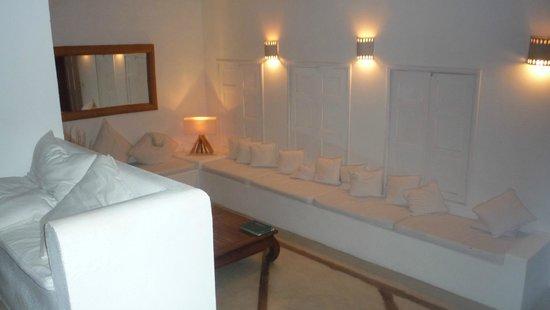 Posada Caracol : Sala de estar