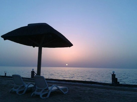 Cove Rotana Resort Ras Al Khaimah: Sunset