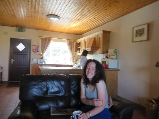 The Lodge, Doolin: Kitchen and sitting room