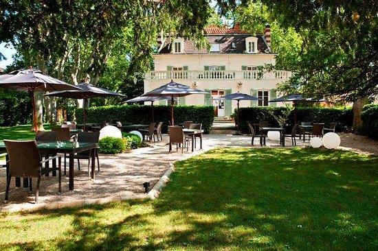 Le Jardin des Frênes : notre terrasse