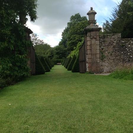 Kendal, UK: sizergh gardens