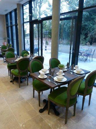 CHATEAU DE LA REDORTE : La salle du petit déjeuner et de restaurant.