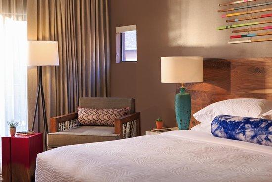 Amara Resort & Spa, a Kimpton Hotel: Deluxe Guestroom