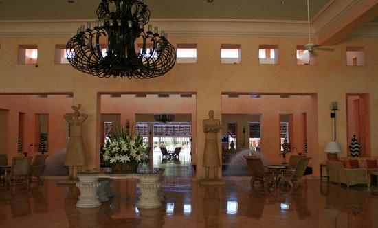 Barcelo Maya Tropical: Tropical Lobby