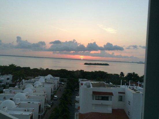 Secrets The Vine Cancun : view from Italian restaurant