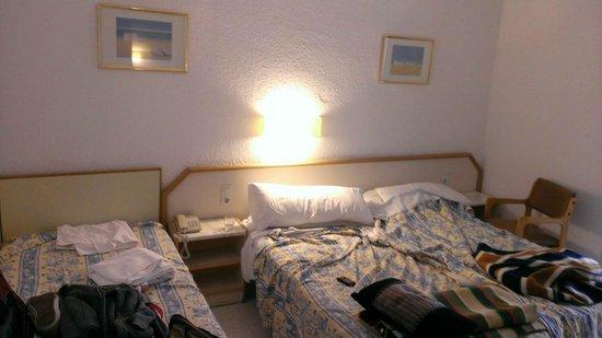 FERGUS Montemar: our room
