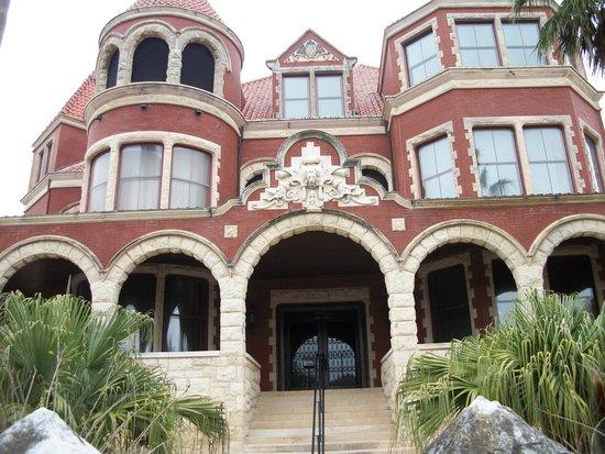 Moody Mansion: à voir absolument